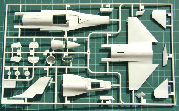 Revell F-16B 04355-1//72