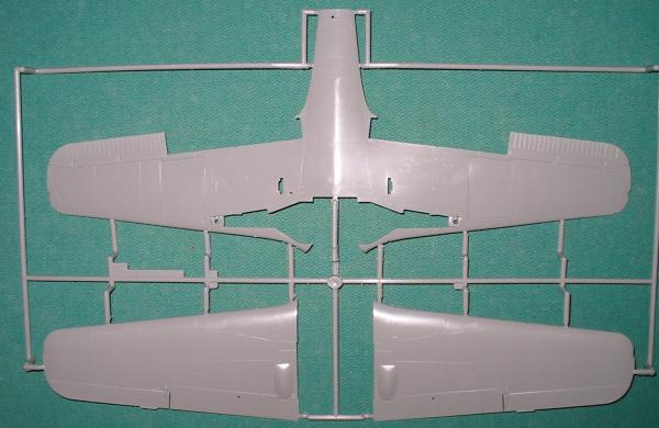 Focke wulf 190 D9 revell 1:32: Revell_Fw-190D9_01